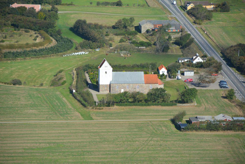 Rom kirke (3 km. syd for Lemvig)
