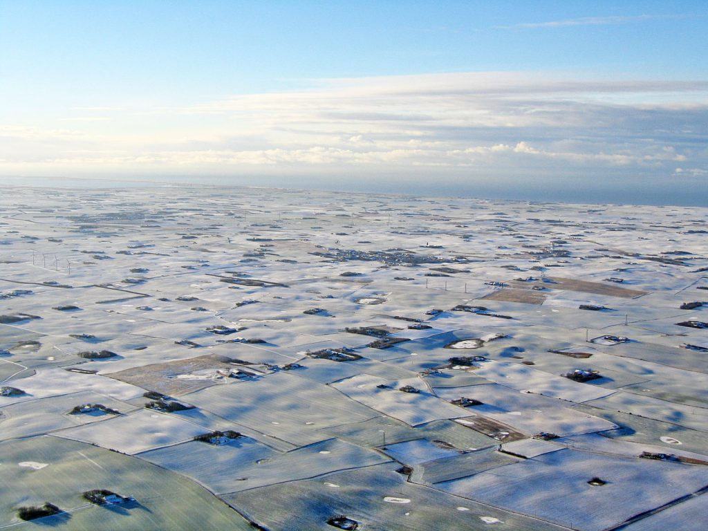 Luftfoto 23.12.03: Vinterlandskab Lomborg, Ramme og Bøvling