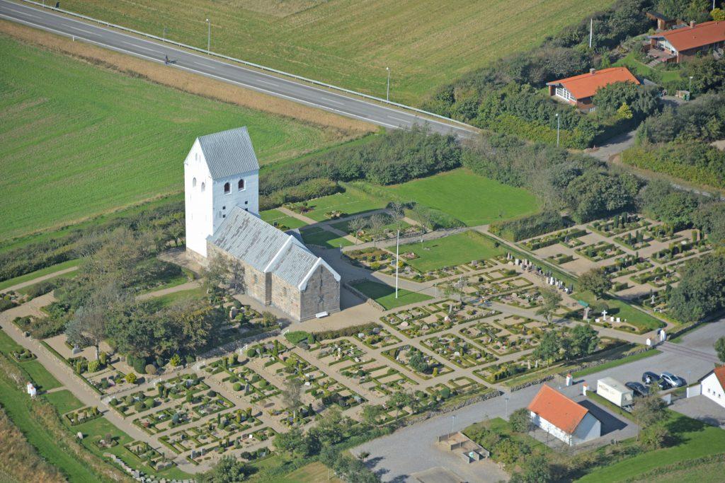 26.09.16 luftfoto: Nr. Nissum Kirke