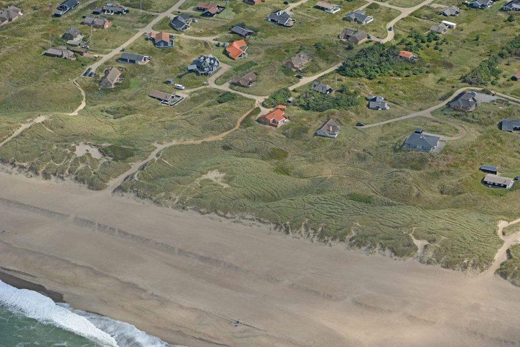 Sommerhusområde Viktoriavej, Værmlandvej og Merchantvej ved Vejlby - Harboøre. Vestligste del ud mod klitter og Vesterhavet