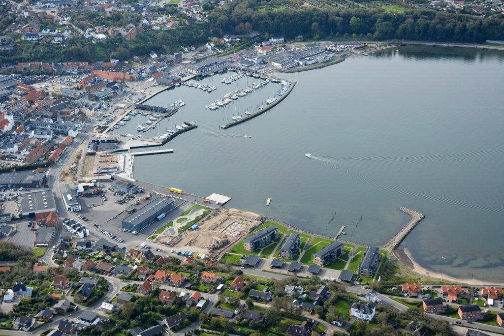 Luftfoto 071019 Lemvig havn og by