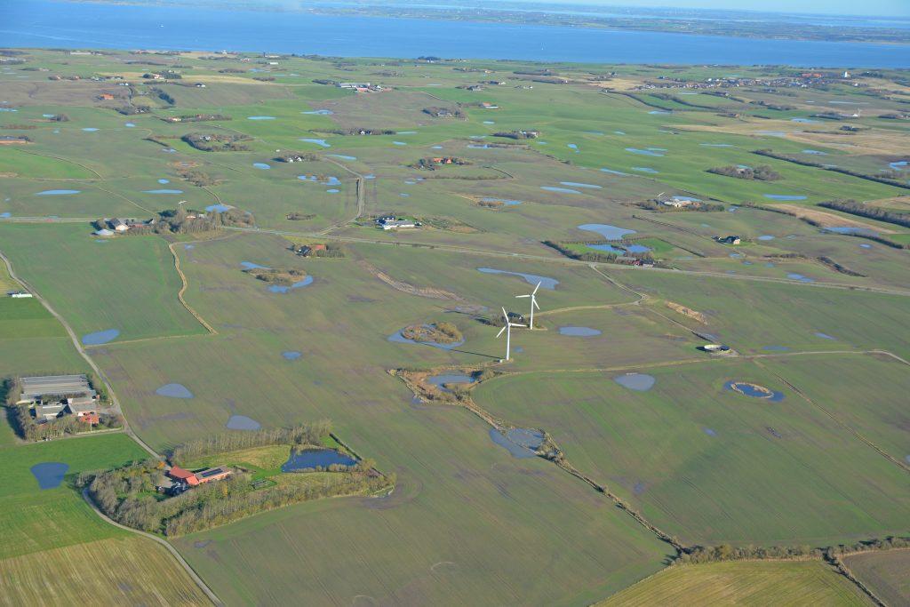 Luftfoto 291019, meget regn ses på marker ved Lemvig - Fabjerg