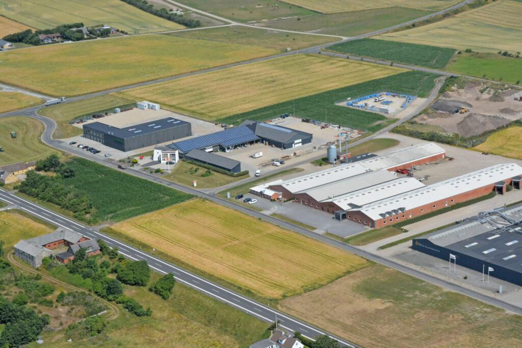 Rom - Lemvig - industriområde med Heta, Canett, Øgendahl, SVJ, Danwind m.fl., luftfoto 190721